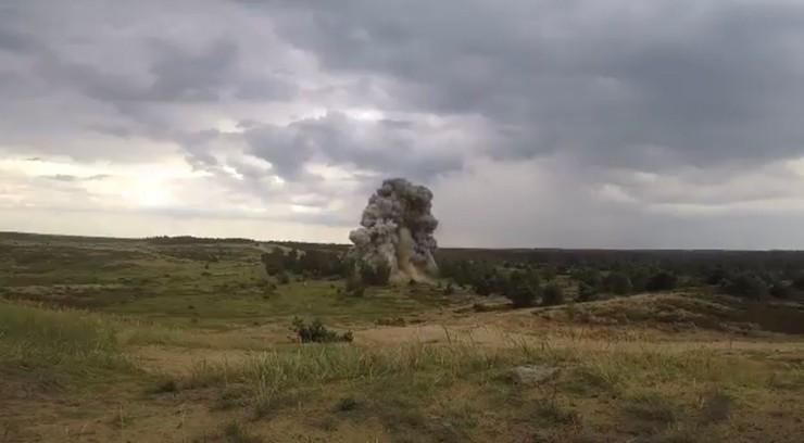 Bomba lotnicza znaleziona na budowie II linii metra została zdetonowana [WIDEO]