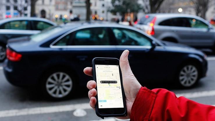 Nowi kierowcy Ubera w Czechach z kasami fiskalnymi. Próba załagodzenia konfliktu z taksówkarzami